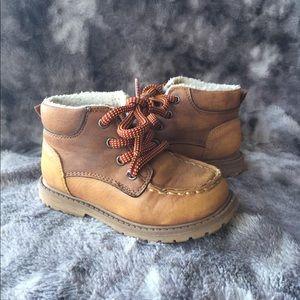 Oshkosh B'gosh toddler boots
